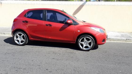 R69 999 - 2008 Mazda 2 1.3 Active