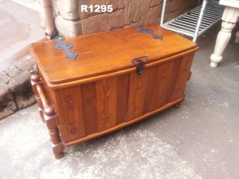 Pine Trousseau Kist (1060x555x650)