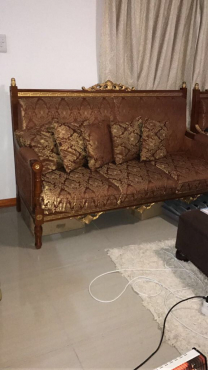 Antique 3,2 and 1 seater