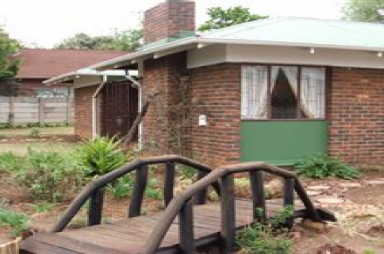 Neat 3 Bedroom house with flatlet FOR SALE Impala Park, Boksburg