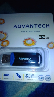 32gig flash drive brand new