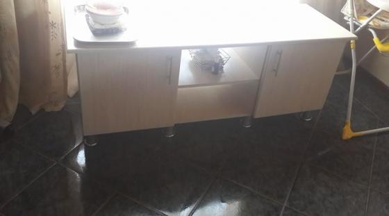 Tv cabinet oak.like new.