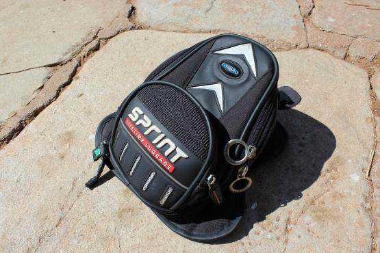 Oxford Sprint Magnetic Tank Bag