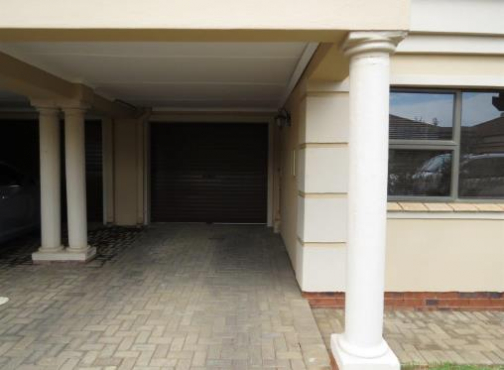Townhouse for rent in Lindene