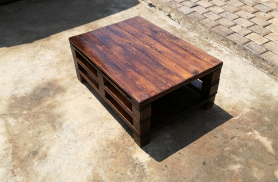 Rustic Coffee Table - Raw/Wax/Varnish/Paint