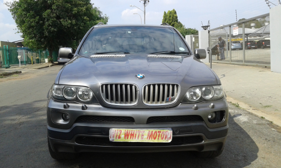 2004 BMW X5 4.8IS At | Junk Mail