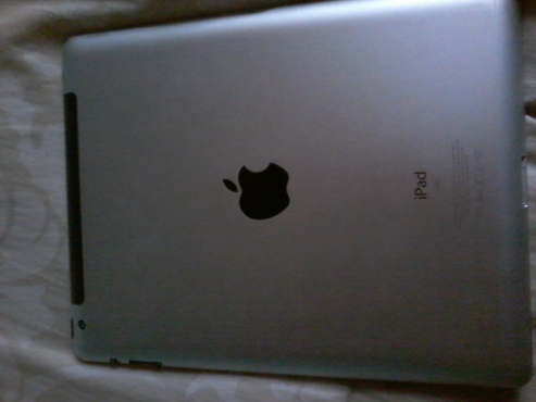 big luck apple ipad 3 its the big one and 3g and wifi
