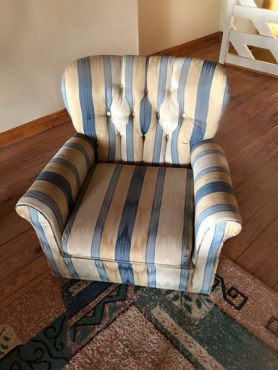 X2 single couches for sale
