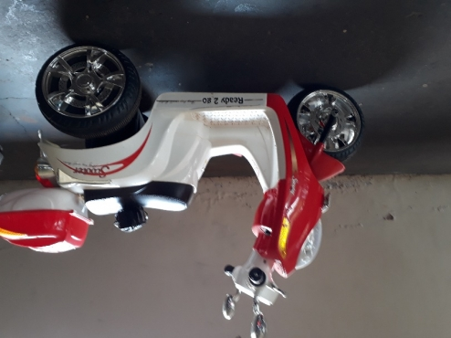 Kiddie's Electric scooter