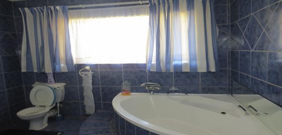 3 bedroom house on secure plot in Onderstepoort.