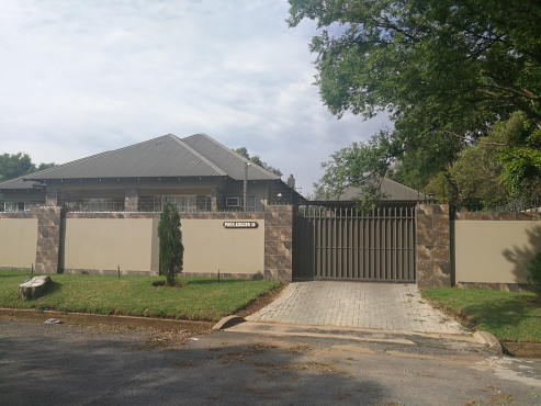 house in Parys for sale