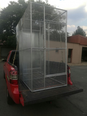 Aviary and Vaccum Cage For Sale - Had Since March - In Perfect Condition