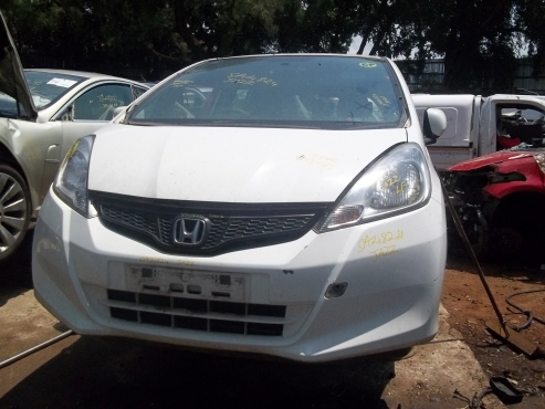 Honda Jazz stripping for spares!!!