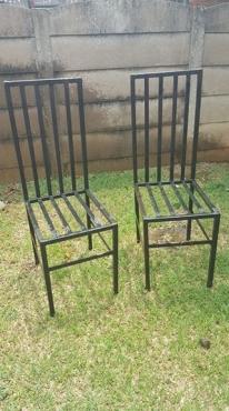 Staal stoele te koop.
