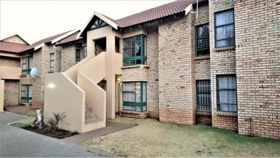 Bachelor Flat for Sale in Universitas, Bloemfontein