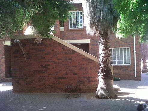 1 Bedroom Flat for Sale in Universitas, Bloemfontein