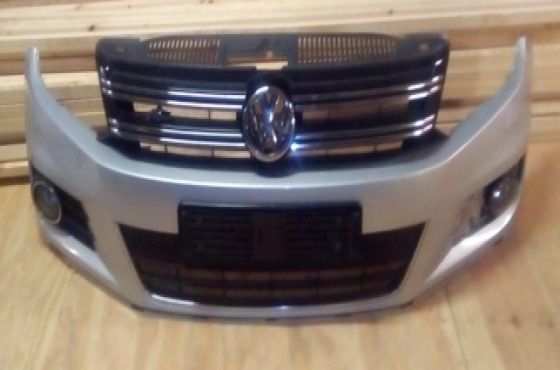 Volkswagen Tiguan R-Line Bumper and grill for sale    Junk Mail