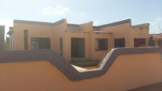 Nice 3bedroom house for sale soshanguve block v junk mail for Big nice houses for sale