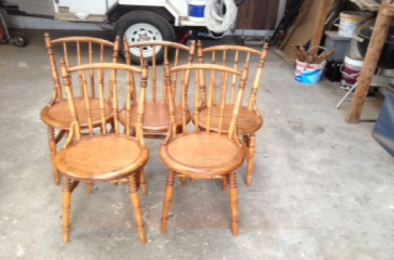 5 Spindle back chairs - good condition - for sale