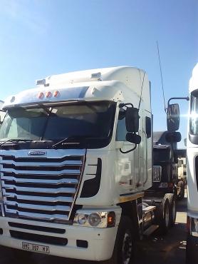 Za Trucks and Trailer dealers