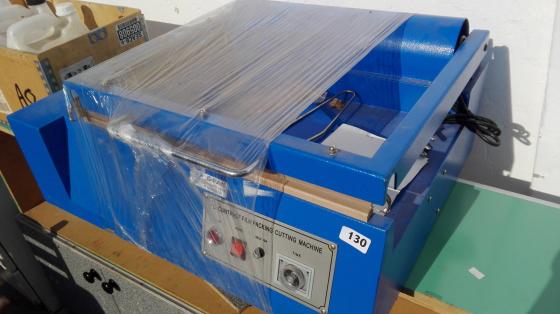 Shape bag sealer cutter