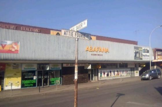 Attention all investors Building for sale in Vanderbijlpark