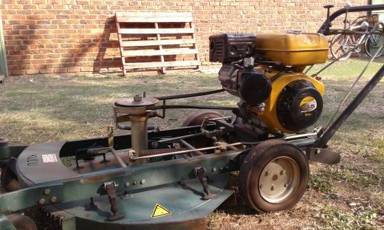 Kudu Lawnmower  EH 41  Robin Motor