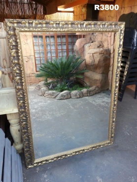 Large Bevelled Edge Vintage Mirror (1600x1200)