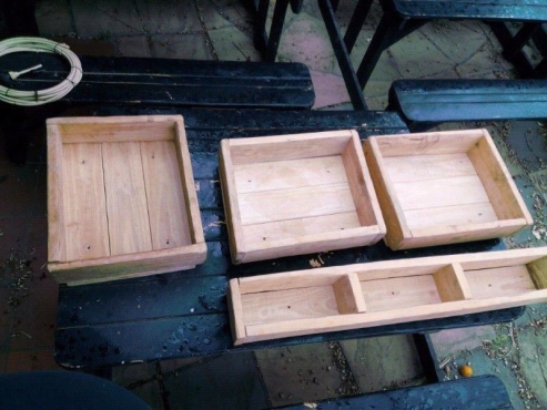 4x Heavy Duty Solid Pine Wood Deco / Planter crates for sale...
