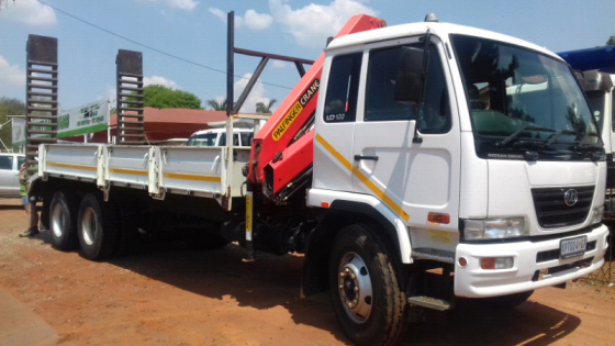 Nissan UD 100 twin axle Crane PK10000 10 Ton One Owner . Neat