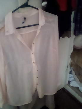 Beautiful peach blouse, long sleeves