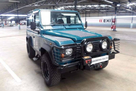 Land Rover Defender 90 2.8i CSW