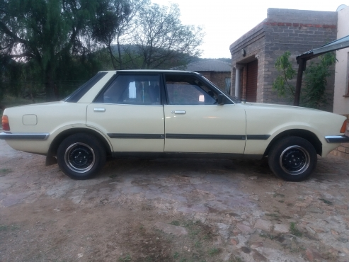 Ford Cortina 2.0GL AUTO to swop for a 3.0 cortina bakkie