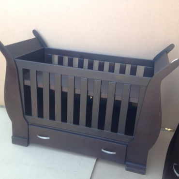 Baby Cot and Compactum with Display Sur 17