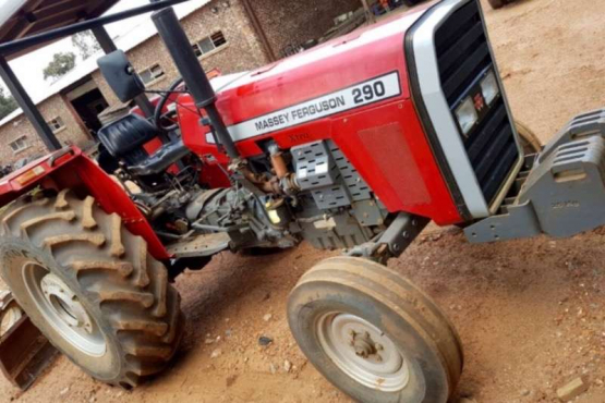 Massey Ferguson 290 Xtra - Tractors