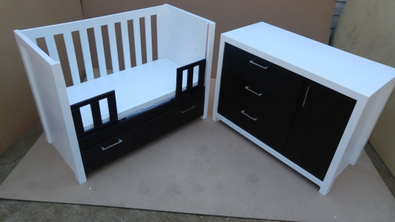 Squareline Baby Cot and Compactum  Combo Sur 13
