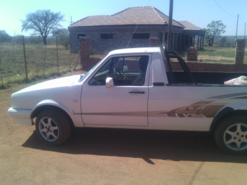 VW Caddy bakkie for sale | Junk Mail
