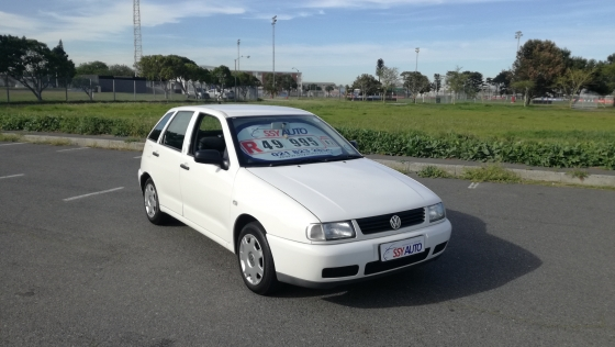2002 Volkswagen Polo Playa 1.6