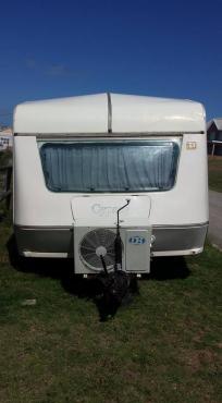 Wonderbaarlijk Ek het die karavaan te koop. | Junk Mail NM-49