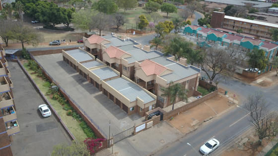 Huge 2 Bedroom Flat For Sale in Pretoria North : Amazing Value