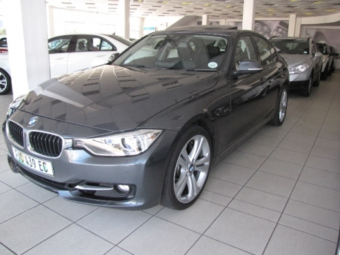 2012 BMW 335i A/T (F30) Sedan