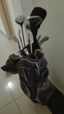 Golf set includes Adams Golf bag