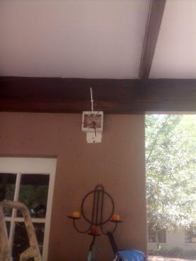 ELECTRICIAN/PLUMBING/BUILDING RENOVATION/HANDYMAN