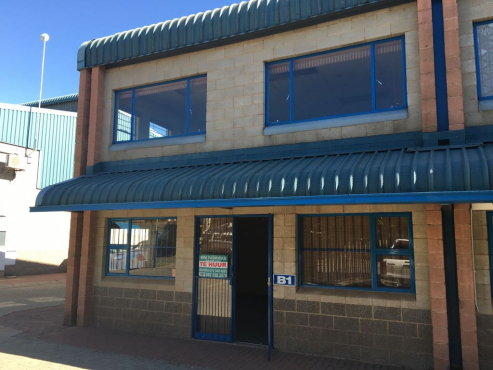 MINI FACTORY / WAREHOUSE TO LET IN HENNOPS PARK, CENTURION.