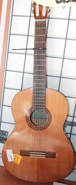 Yamaha guitar S02254
