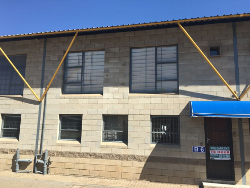MINI FACTORY / WAREHOUSE TO LET IN HENNOPS PARK, CENTURION