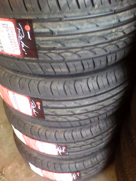 205/40/17 new tyres only R750 each!
