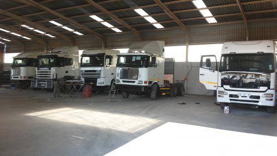 Za Auto truck and trailers is here to help you get your business moving