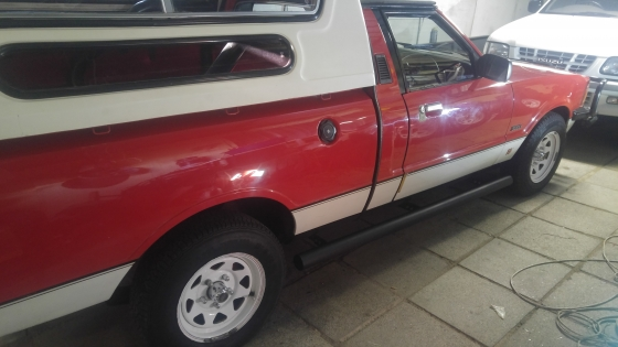ford cortina bakkie  v6 1985 good condition