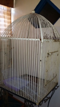 Outdoor Parrot Cage